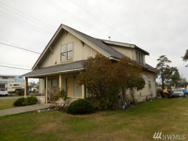 820 26th St, Anacortes, WA 98221 (#1382808) :: Keller Williams Realty Greater Seattle