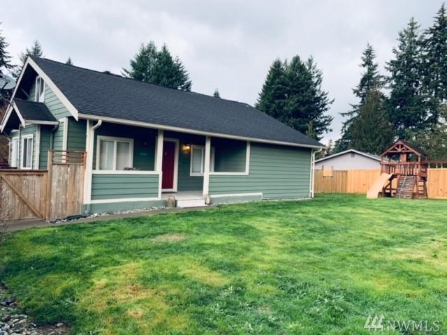 718 SW Dash Point Road, Federal Way, WA 98023 (#1384263) :: Commencement Bay Brokers