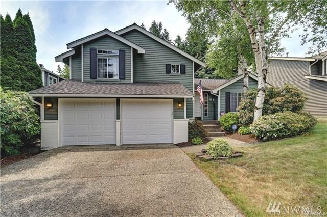 911 224th Ave NE, Sammamish, WA 98074 (#1385579) :: Lucas Pinto Real Estate Group