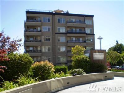 900 Aurora Ave N #305, Seattle, WA 98109 (#1386010) :: The DiBello Real Estate Group