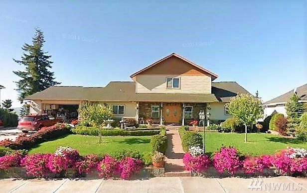 195 Eli Avery Ave, Kalama, WA 98625 (#1387672) :: Kimberly Gartland Group