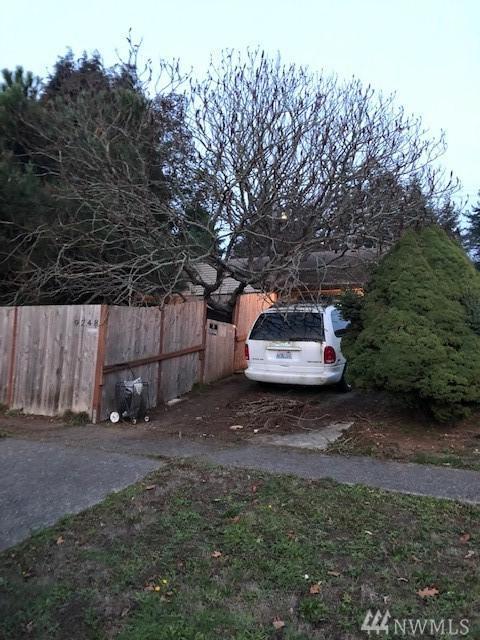 9248 24th Ave SW, Seattle, WA 98106 (#1388614) :: Brandon Nelson Partners