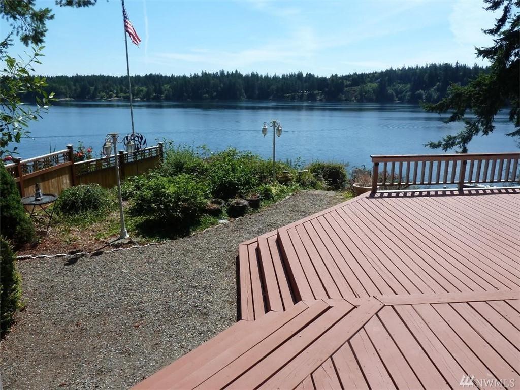 1350 Island View Rd - Photo 1