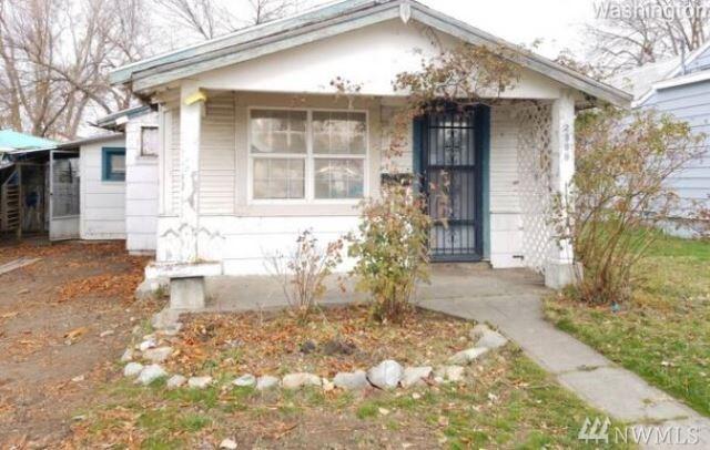 2309 E Rich Ave, Spokane, WA 99207 (#1390186) :: Costello Team