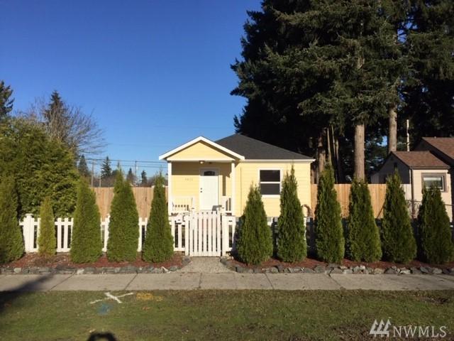 4821 N 30th St, Tacoma, WA 98407 (#1392653) :: Beach & Blvd Real Estate Group