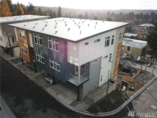 4024 129th Place Se (Unit 16), Bellevue, WA 98006 (#1392694) :: Kimberly Gartland Group