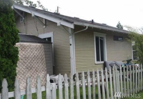 1301 W Illinois St, Bellingham, WA 98225 (#1392827) :: Kimberly Gartland Group