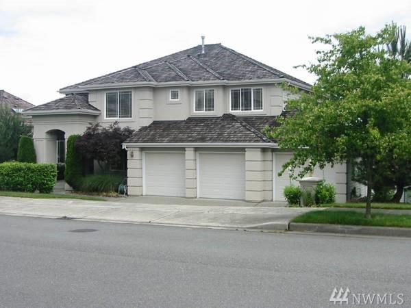 5686 178th Ave SE, Bellevue, WA 98006 (#1393500) :: Entegra Real Estate