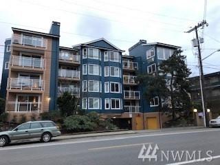 7111 Linden Ave N #104, Seattle, WA 98103 (#1398849) :: HergGroup Seattle