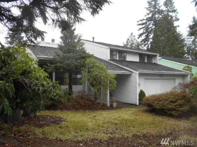 17521 155th Ave SE, Renton, WA 98058 (#1399102) :: Homes on the Sound