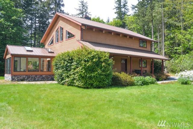 756 Glenacre Lane, Camano Island, WA 98282 (#1400285) :: Homes on the Sound