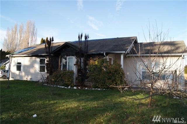 1011 Peterson Rd, Burlington, WA 98233 (#1400642) :: Pickett Street Properties