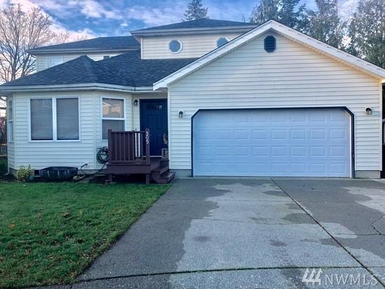 305 Parkside Ct, Lynden, WA 98264 (#1401123) :: Keller Williams Western Realty