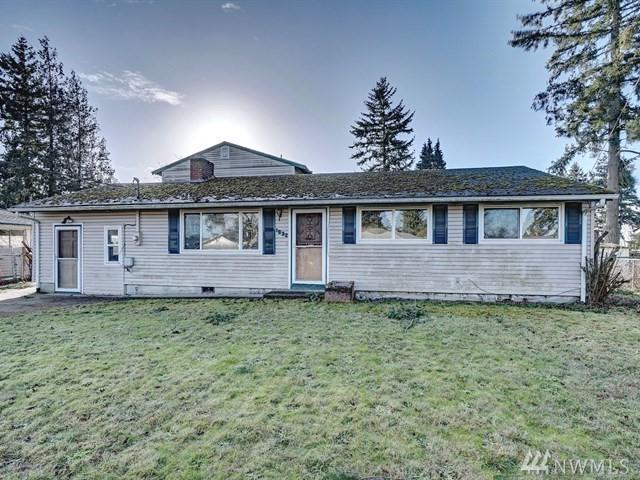 1632 114th St S, Tacoma, WA 98444 (#1401444) :: Keller Williams Realty