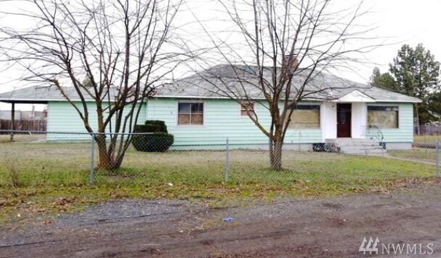 1607 E Rosewood Ave, Spangle, WA 99217 (#1401549) :: Mike & Sandi Nelson Real Estate