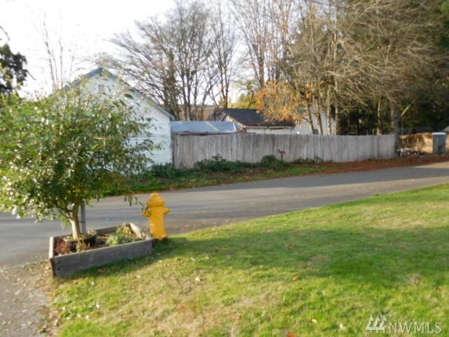 502 Y St SW, Tumwater, WA 98501 (#1402042) :: Keller Williams - Shook Home Group
