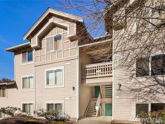 4200 Smithers Ave S C302, Renton, WA 98055 (#1402159) :: Keller Williams - Shook Home Group