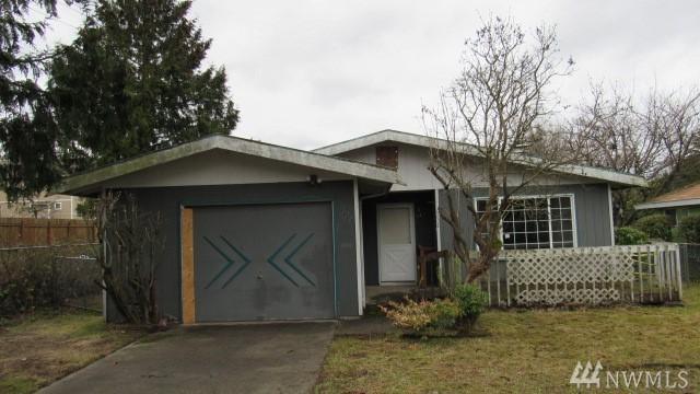 6808 E M St, Tacoma, WA 98404 (#1402279) :: The Kendra Todd Group at Keller Williams