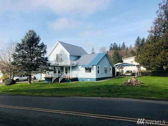 230 2nd St, Cathlamet, WA 98612 (#1403469) :: Homes on the Sound