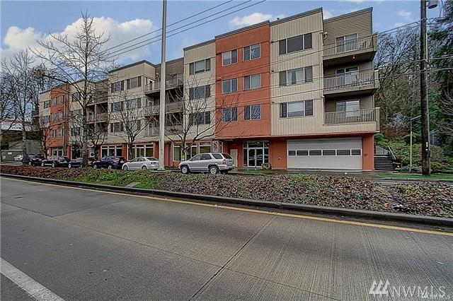 3213 Harbor Ave SW A2, Seattle, WA 98126 (#1403475) :: The Deol Group