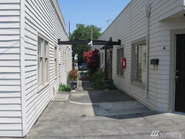 836--838 8th St, Bremerton, WA 98337 (#1403595) :: Mike & Sandi Nelson Real Estate