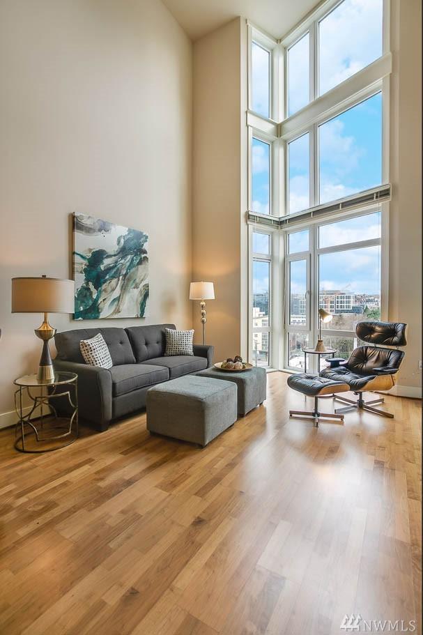 699 John St #719, Seattle, WA 98109 (#1403933) :: Real Estate Solutions Group
