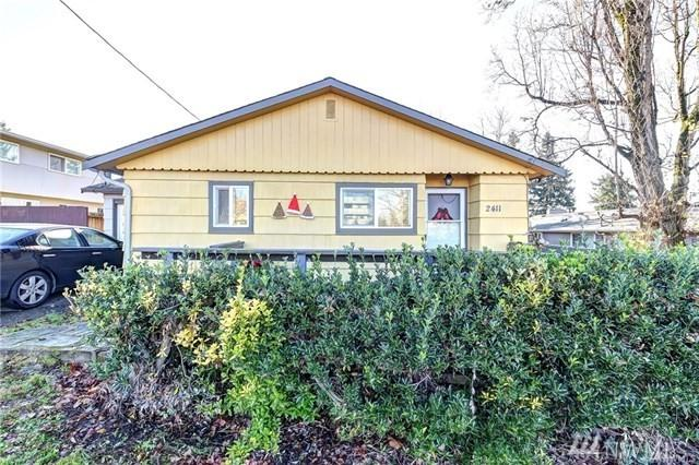 2411 S 240th St, Des Moines, WA 98198 (#1404323) :: Keller Williams Realty Greater Seattle