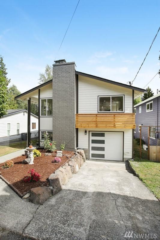 11544 25th Ave NE, Seattle, WA 98125 (#1405547) :: Homes on the Sound