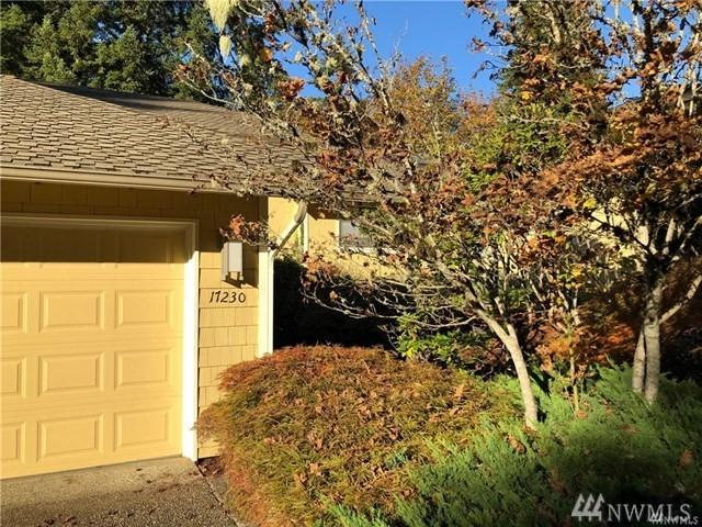 17230 NE 27th Ct, Redmond, WA 98052 (#1405697) :: Real Estate Solutions Group
