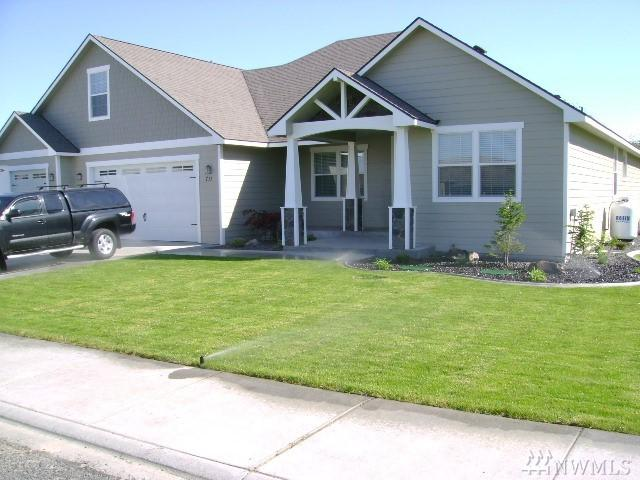 711 Lupine Dr NE, Moses Lake, WA 98837 (#1408597) :: Real Estate Solutions Group