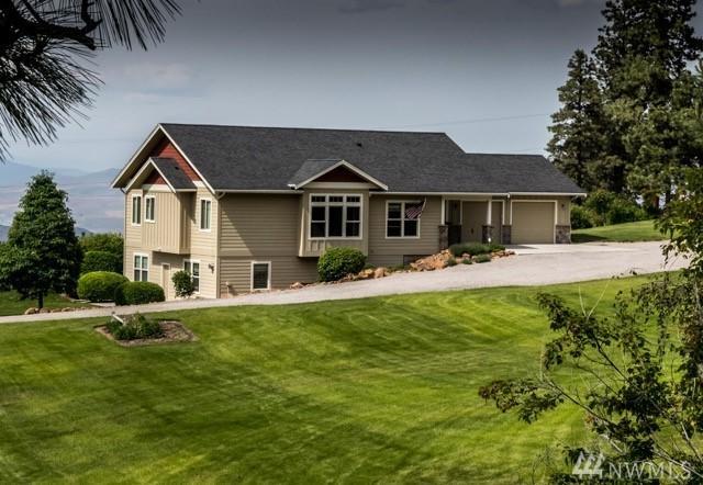 6422 Stemilt Loop Road, Wenatchee, WA 98801 (#1408766) :: Alchemy Real Estate