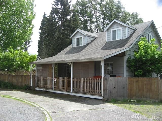 5224 Grove St, Marysville, WA 98270 (#1409247) :: Homes on the Sound