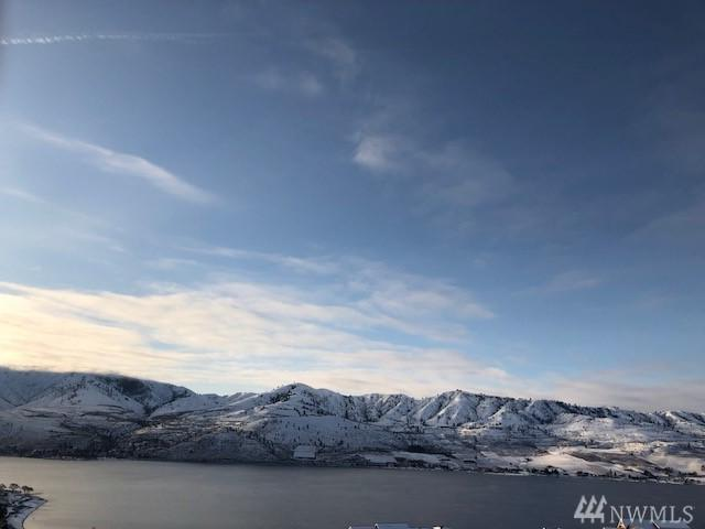 100 Sky Harbor Dr, Chelan, WA 98816 (#1409709) :: Better Homes and Gardens Real Estate McKenzie Group