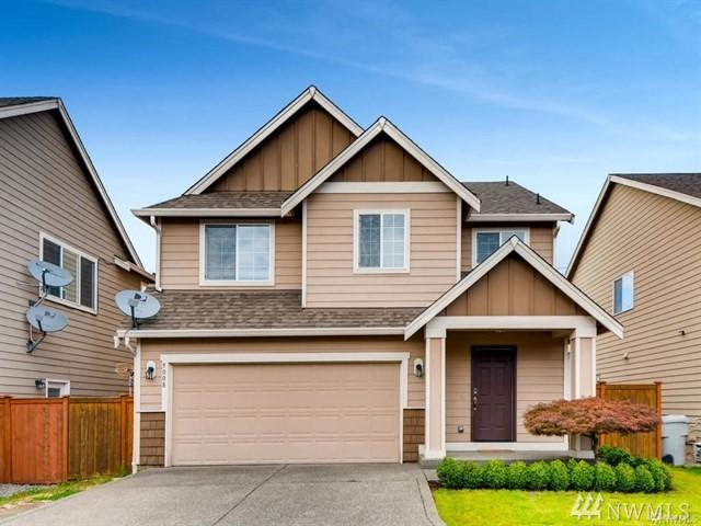 5008 NE 3rd Cir, Renton, WA 98059 (#1410905) :: Costello Team