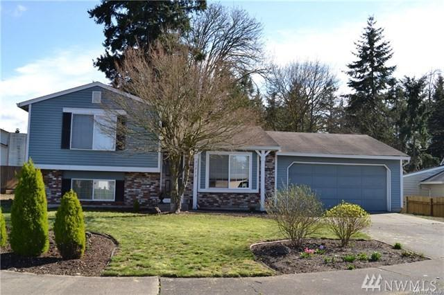 31713 11th Place SW, Federal Way, WA 98023 (#1411029) :: Ben Kinney Real Estate Team