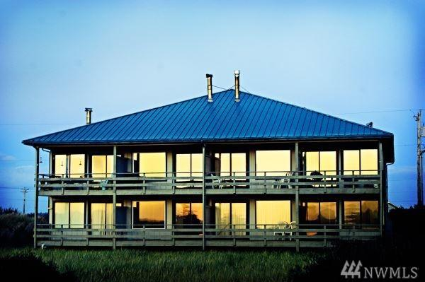 1027 S Sand Dune Ave SW 1A, Ocean Shores, WA 98569 (#1411417) :: Homes on the Sound