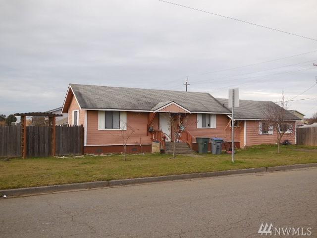 1401 6Th. St W, Port Angeles, WA 98363 (#1411547) :: Homes on the Sound