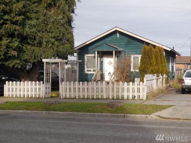 1523 5Th. St W, Port Angeles, WA 98363 (#1411553) :: Homes on the Sound