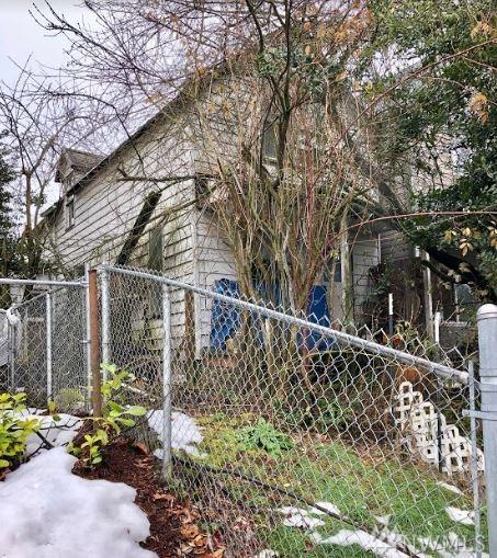 1810 S L St, Tacoma, WA 98405 (#1411784) :: Homes on the Sound