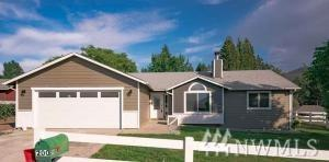 200 Eller St SE, East Wenatchee, WA 98802 (#1411802) :: Better Homes and Gardens Real Estate McKenzie Group