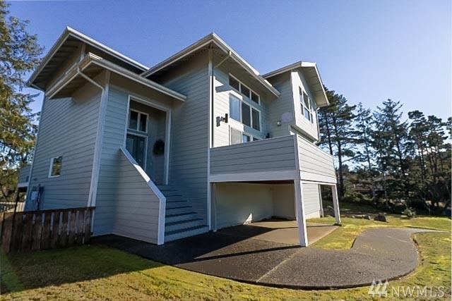 1836 Hoquiam Lane S, Westport, WA 98595 (#1411827) :: Crutcher Dennis - My Puget Sound Homes