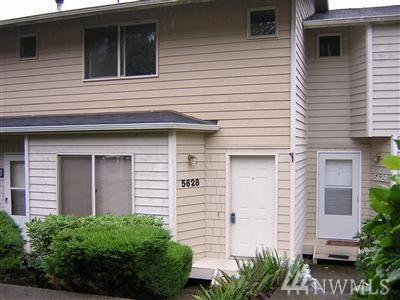 5628 Wisteria Lane NE, Bremerton, WA 98311 (#1411845) :: The Deol Group