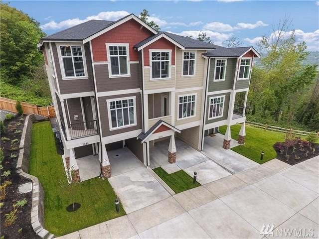 5044 S 109th Ct, Tukwila, WA 98178 (#1412815) :: The Deol Group