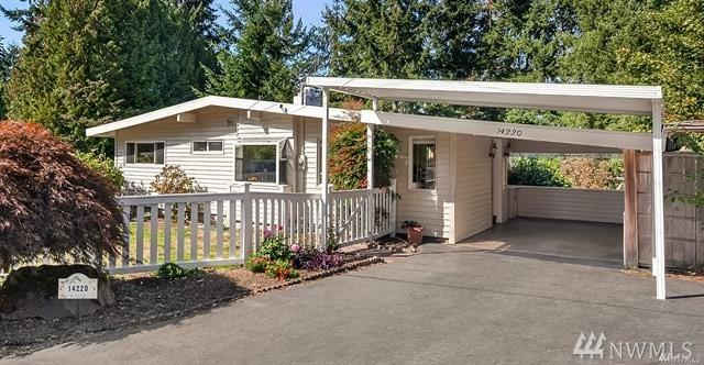 14220 SE 37th St, Bellevue, WA 98006 (#1412913) :: Hauer Home Team