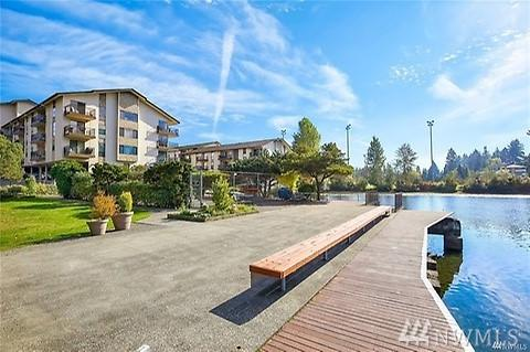 13201 Linden Ave N A-506, Seattle, WA 98133 (#1414473) :: Homes on the Sound