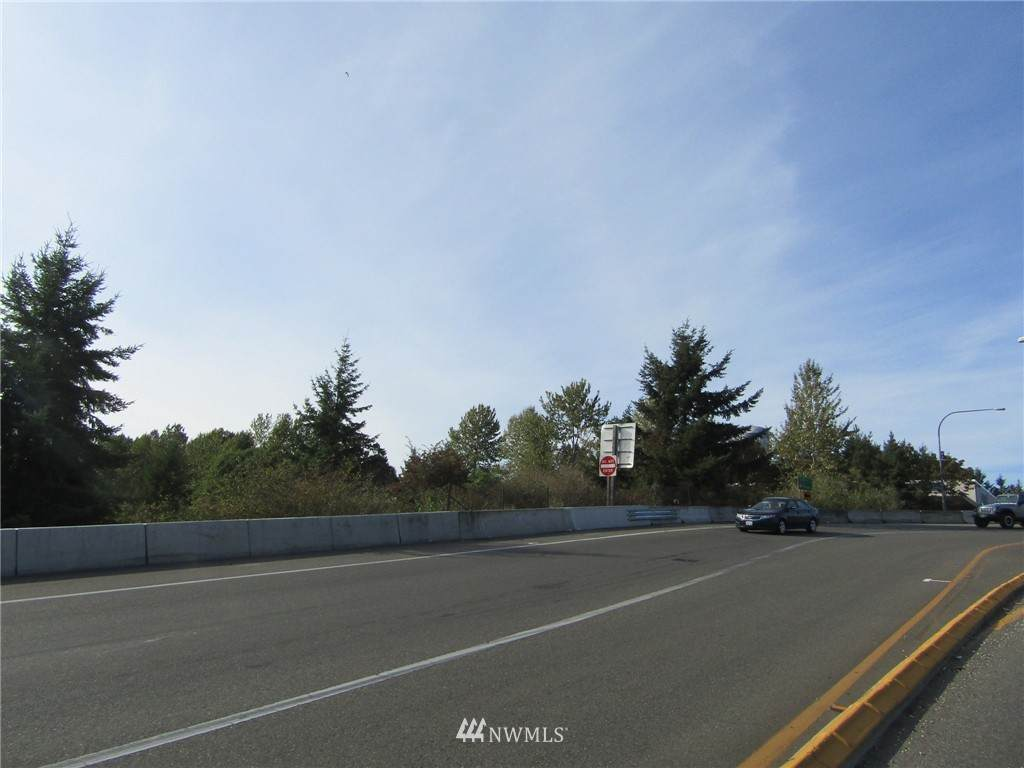 4815 Center Street - Photo 1