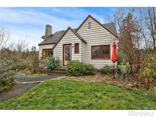 9438 Silverdale Loop Rd NW, Silverdale, WA 98383 (#1422605) :: The Royston Team