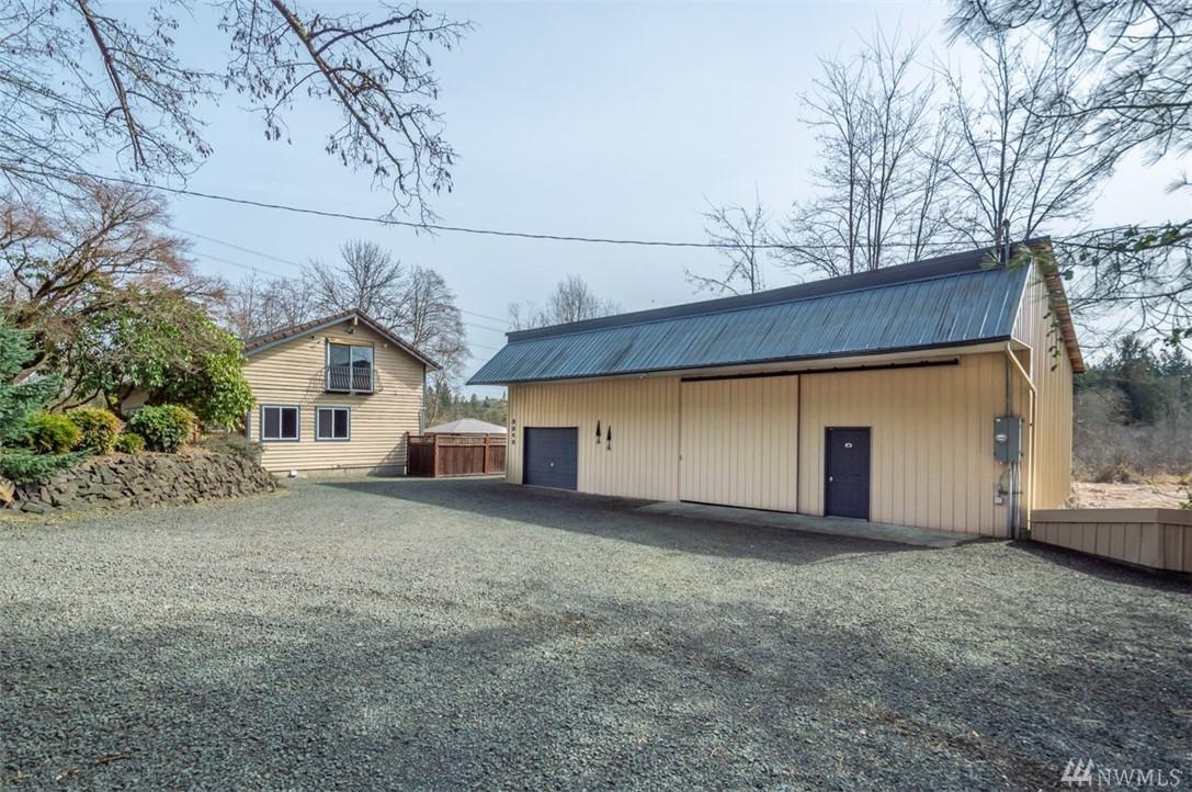 3948 Black Lake Blvd SW, Tumwater, WA 98512 (#1423514) :: Better Properties  Lacey