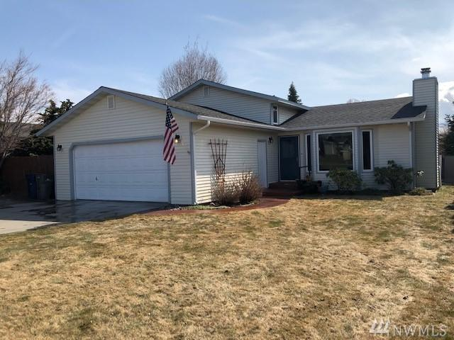 608 NE 10th St, East Wenatchee, WA 98802 (#1427693) :: Canterwood Real Estate Team