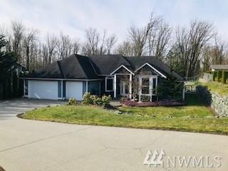305 Longtime Lane, Sedro Woolley, WA 98284 (#1428733) :: Crutcher Dennis - My Puget Sound Homes